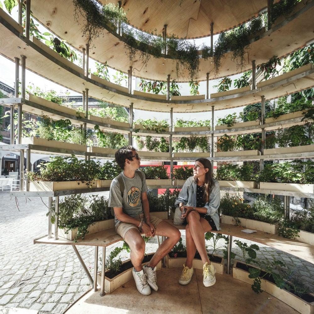 Ikea E Space10 Creano L Orto Verticale Urbano Fai Da Te