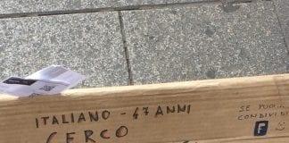 cartello senzatetto Ferrarin