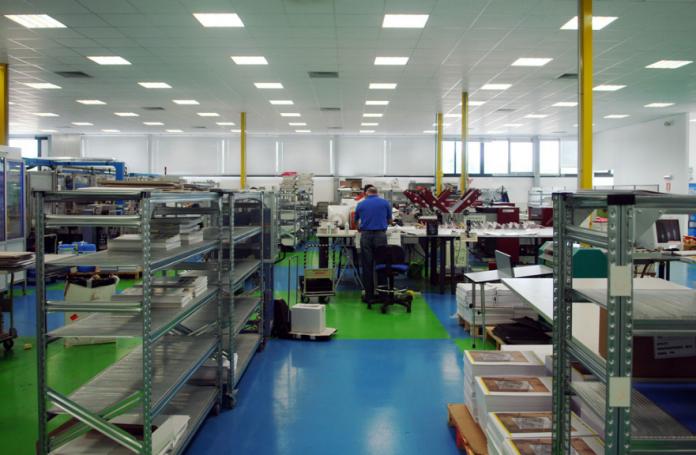 Graphistudio l 39 azienda italiana senza orari di lavoro for Azienda italiana di occhiali
