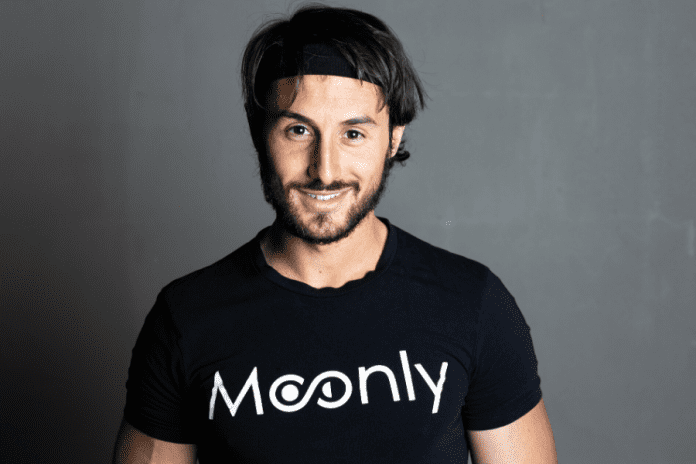 Moonly, Matteo Piazzi