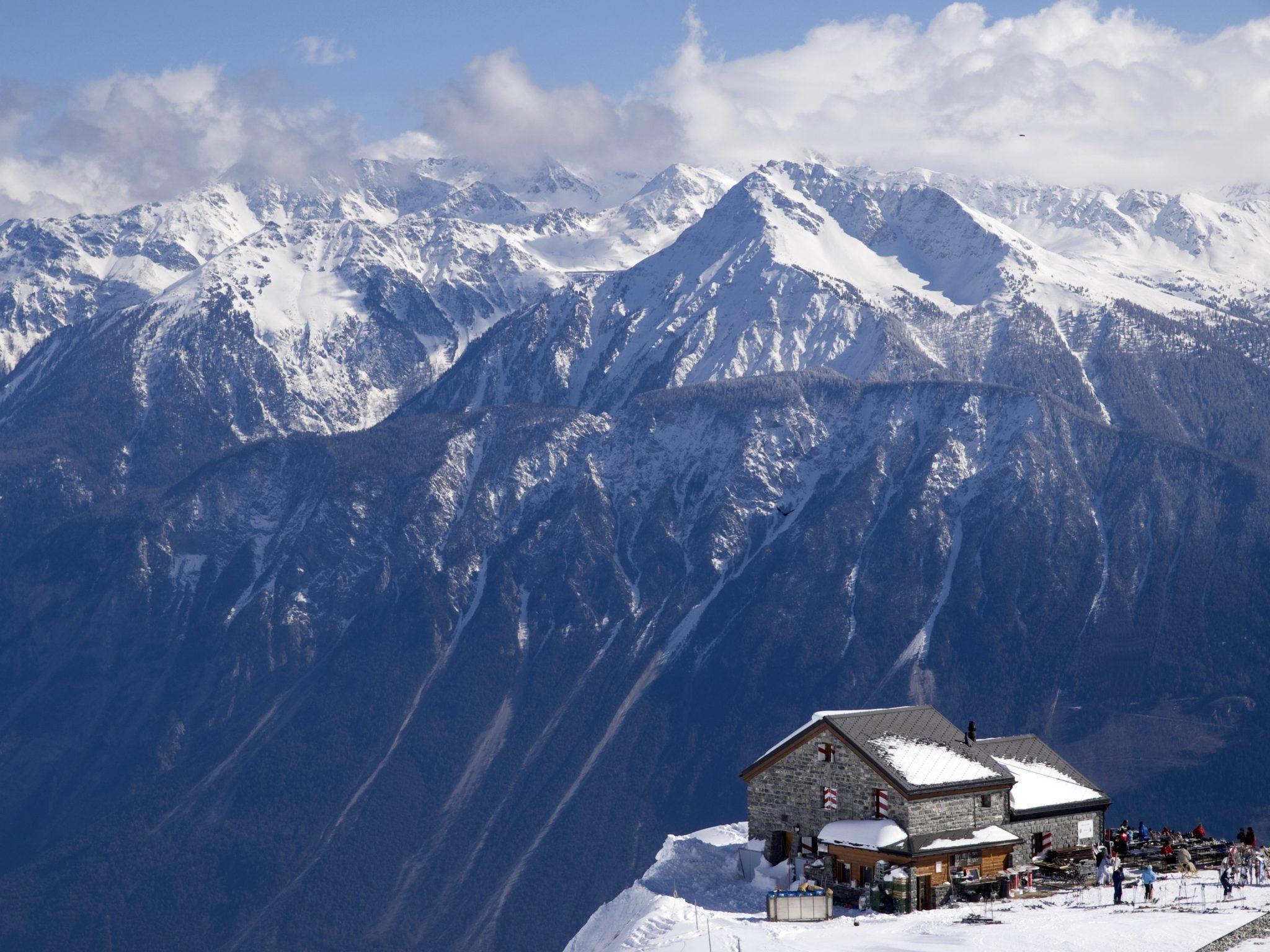 Prendo un rifugio ne faccio un business millionaire for Rifugio in baita di montagna